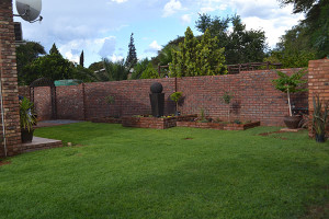 Kathu Accommodation | The Garden | Vertel Van My Guest House | Kathu Accommodation